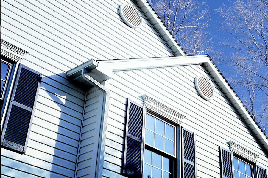 5-Winter Reasons to Replace Your Siding